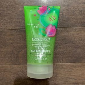 Bath & Body Works | Beautiful Day Body Wash/Scrub